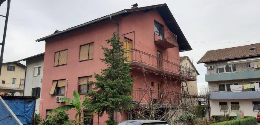 Stambeni objekat (kuća) 300 m2 – Borik